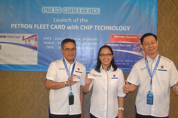 From left: Mohd Shaibi Hijazi, Card & Network Automation manager, Petron Malaysia; Faridah Ali, head of Retail Business, Petron Malaysia; Bok Ru Chuan, Card Sales Manager, Petron Malaysia at the launch of Petron new fleet card.