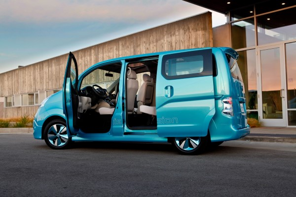 nissan_e_nv200_electric_van_05-0110