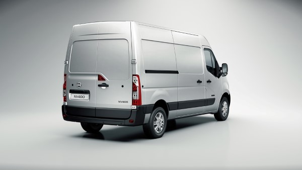 new-nissan-nv400-debuts-in-the-uk_4