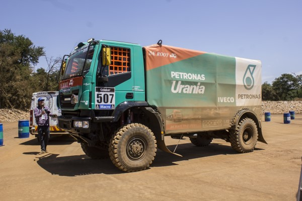 Iveco-Dakar-2015 (1)