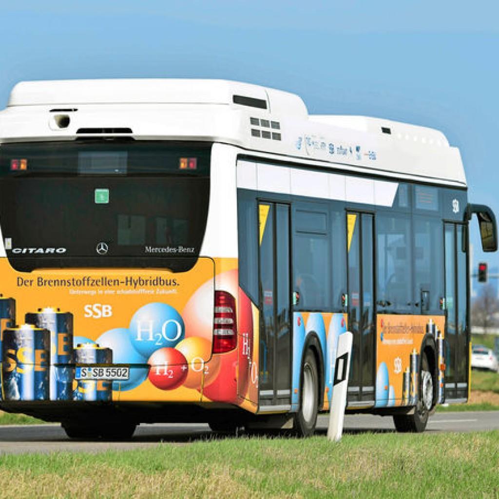 Mercedes-Citaro-Fuelcell-Hybrid-Bus2
