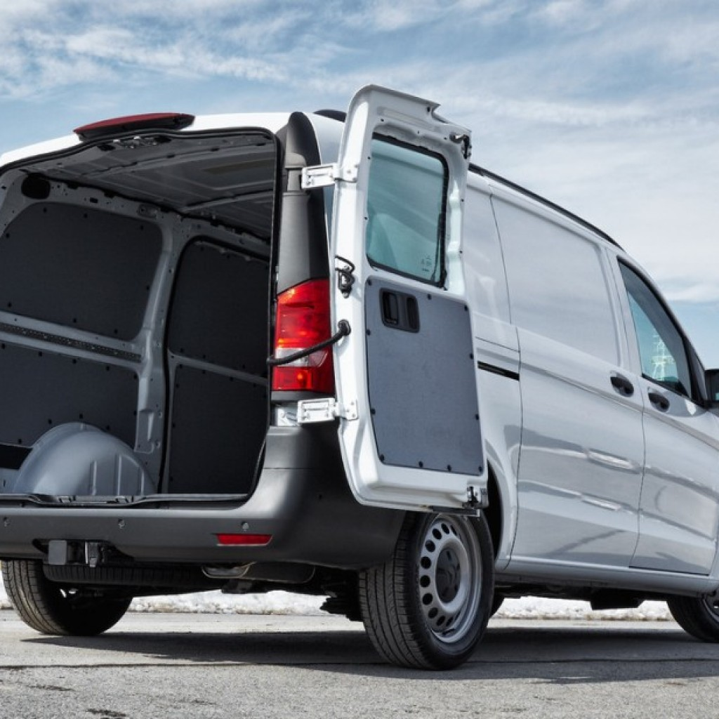 Iveco for Mercedes benz metris towing capacity