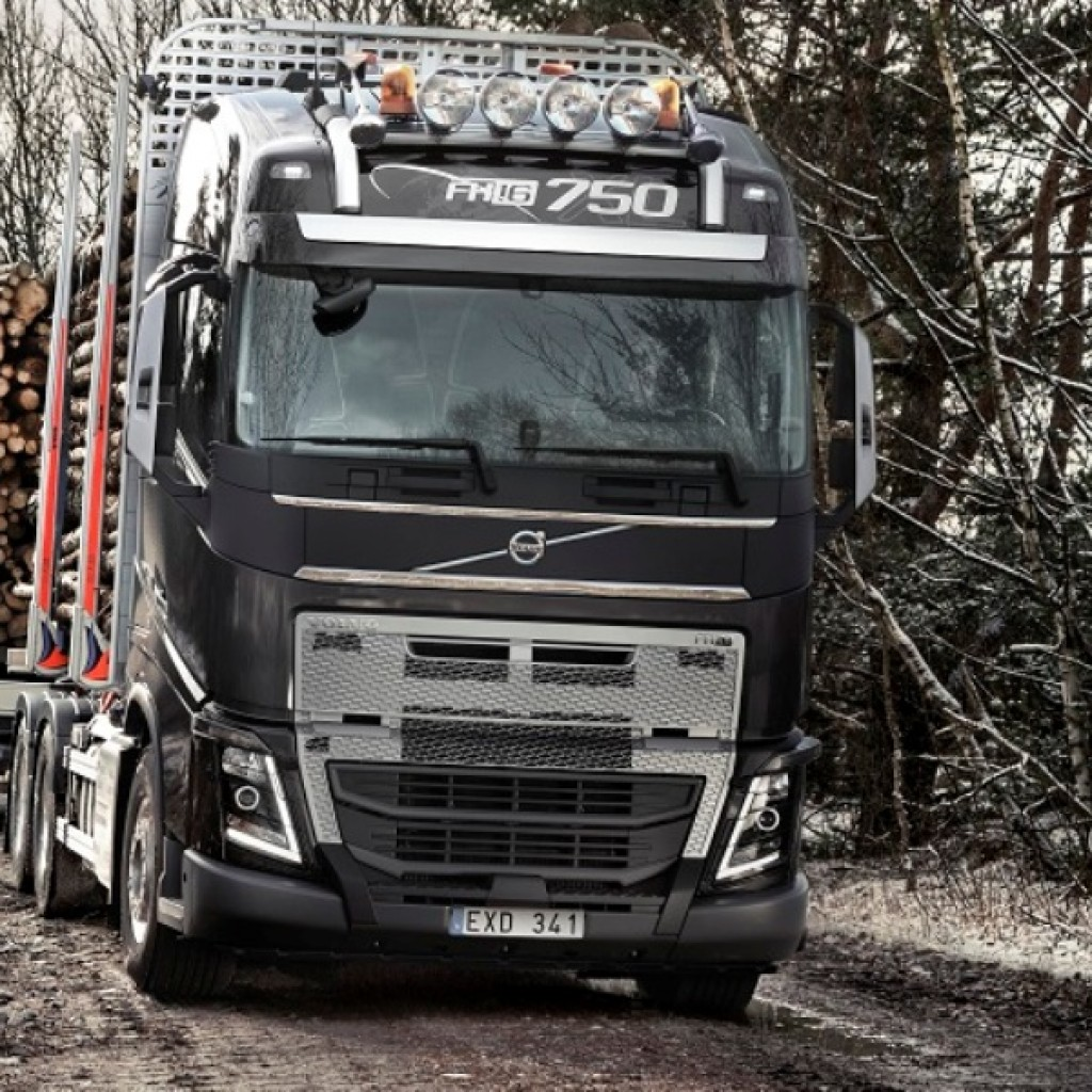 Volvo FH_low res2