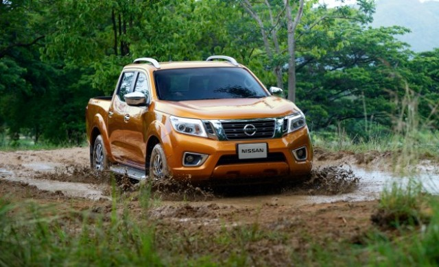 2015-Nissan-NP300-Navara-PLACEMENT-626x382