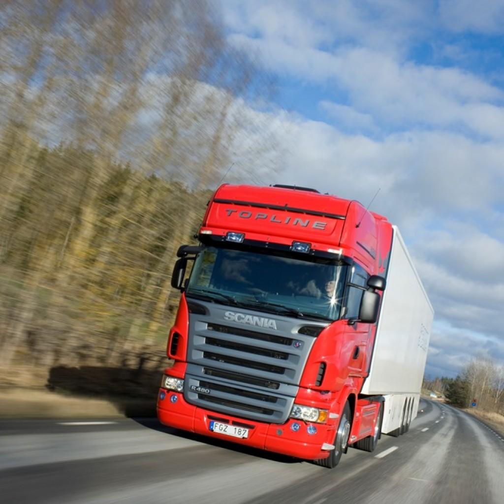 Scania R 480 4x2 Topline with semitrailer. Södertälje, Sweden. Photo: Dan Boman