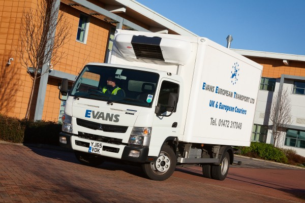 Canter-7C15-Eco-Hybrid-Evans-European-Transport-10-600x400