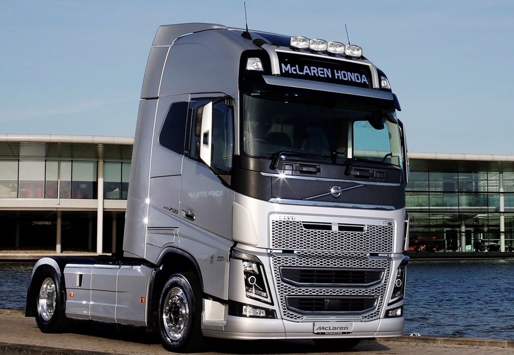 2018 volvo fh. plain volvo mclarenhonda has just announced that volvo trucks is the official supplier  of trucks and haulage to its formula 1 team the partnership will see  and 2018 volvo fh 2
