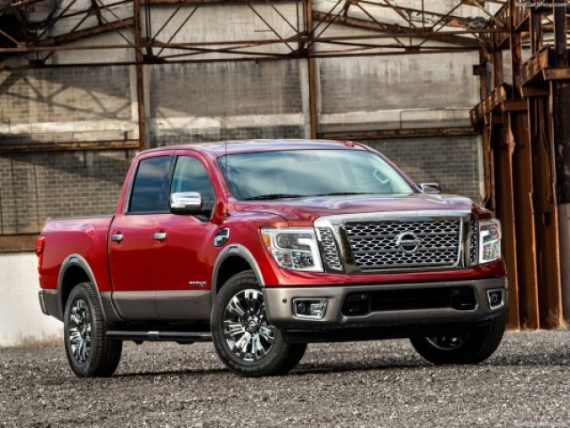 Nissan-Titan_2017_1024x768_wallpaper_02