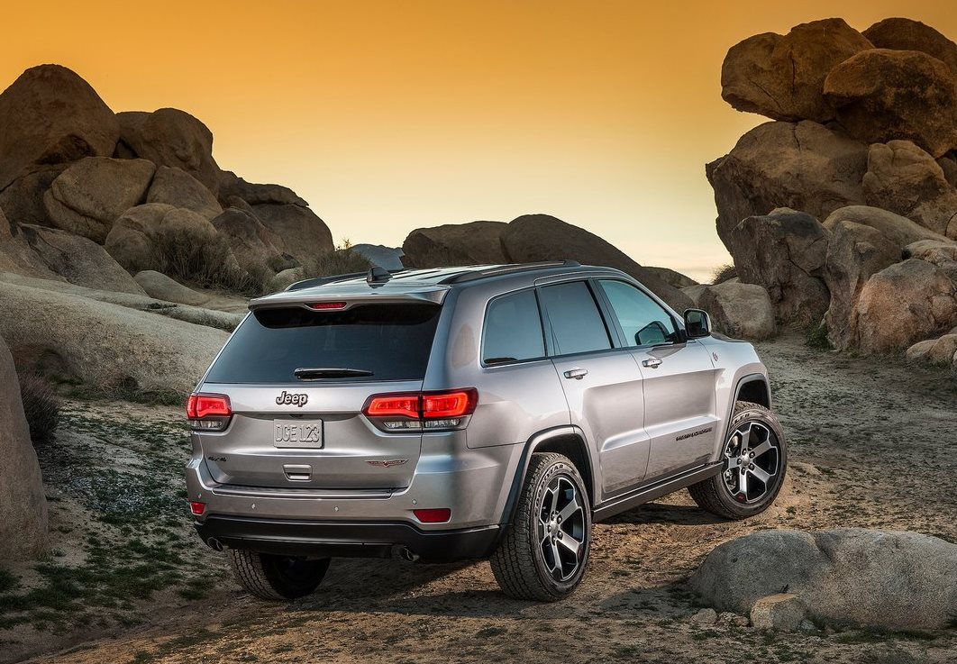 Jeep-Grand_Cherokee_Trailhawk_01