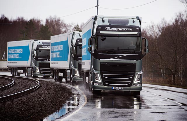 Volvo-Trucks-Platoon-twitter