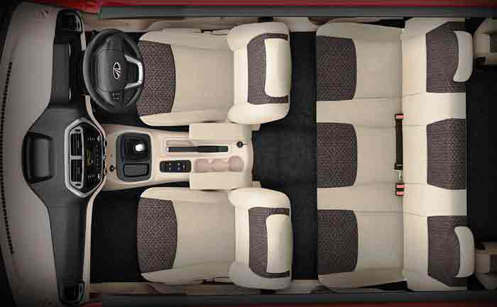 Mahindra_TUV_300_Comfort_Large_Interior_Volume_Legroom_2015_india_carcrox