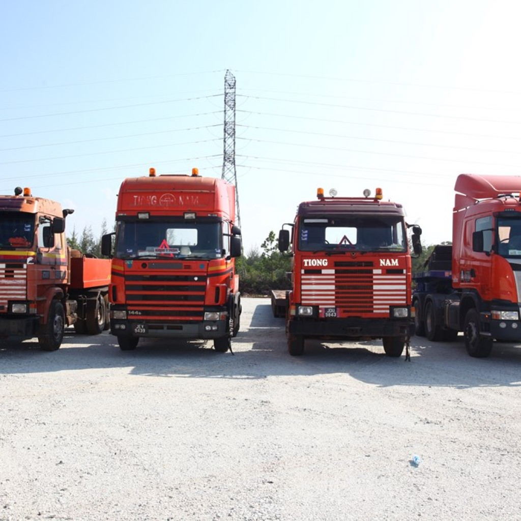 Tiong Nam Heavy Transport And Lifting Sdn Bhd (TNHTL) Has Received Delivery  Of A R580CA6X4EHZ Truck With Heavy Haulage Torque Converter Gearboxfrom  Scania ...