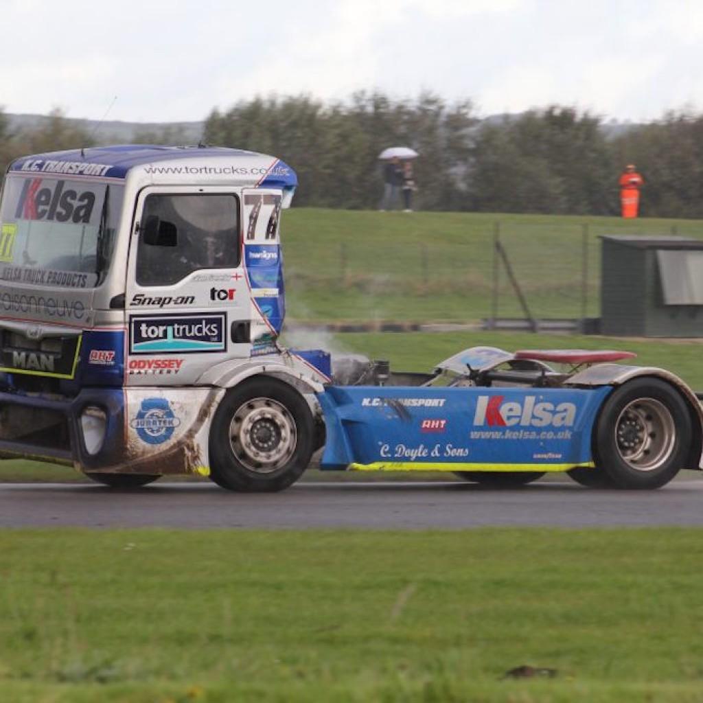 truck racing1