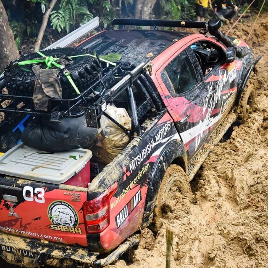 Mitsubishi borneo safari13
