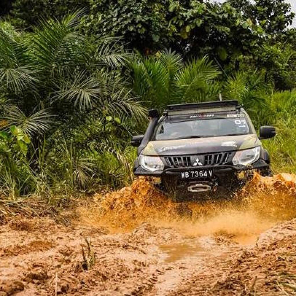 Mitsubishi borneo safari17