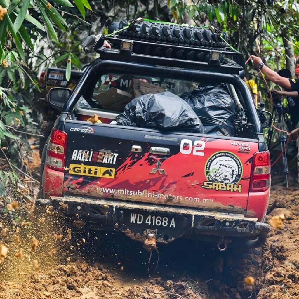Mitsubishi borneo safari4