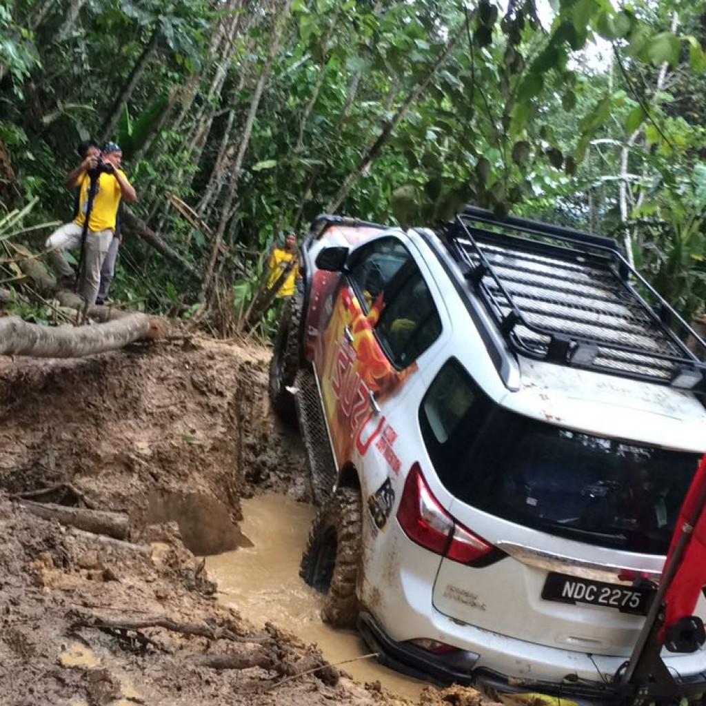The Isuzu mu-X Monster took every challenge on the trail with aplomb