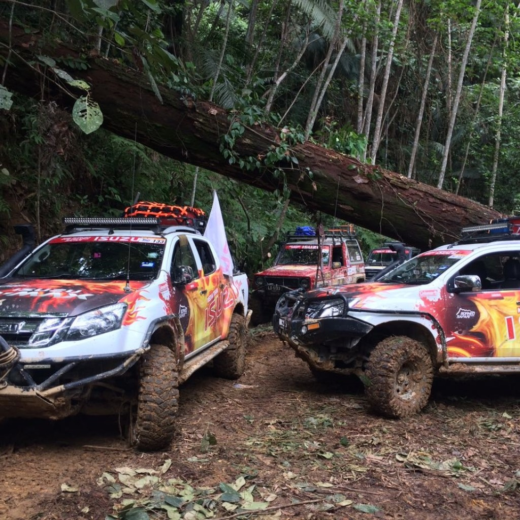 The Isuzu mu-X (right) performed flawlessly inspite of the arduos condit...