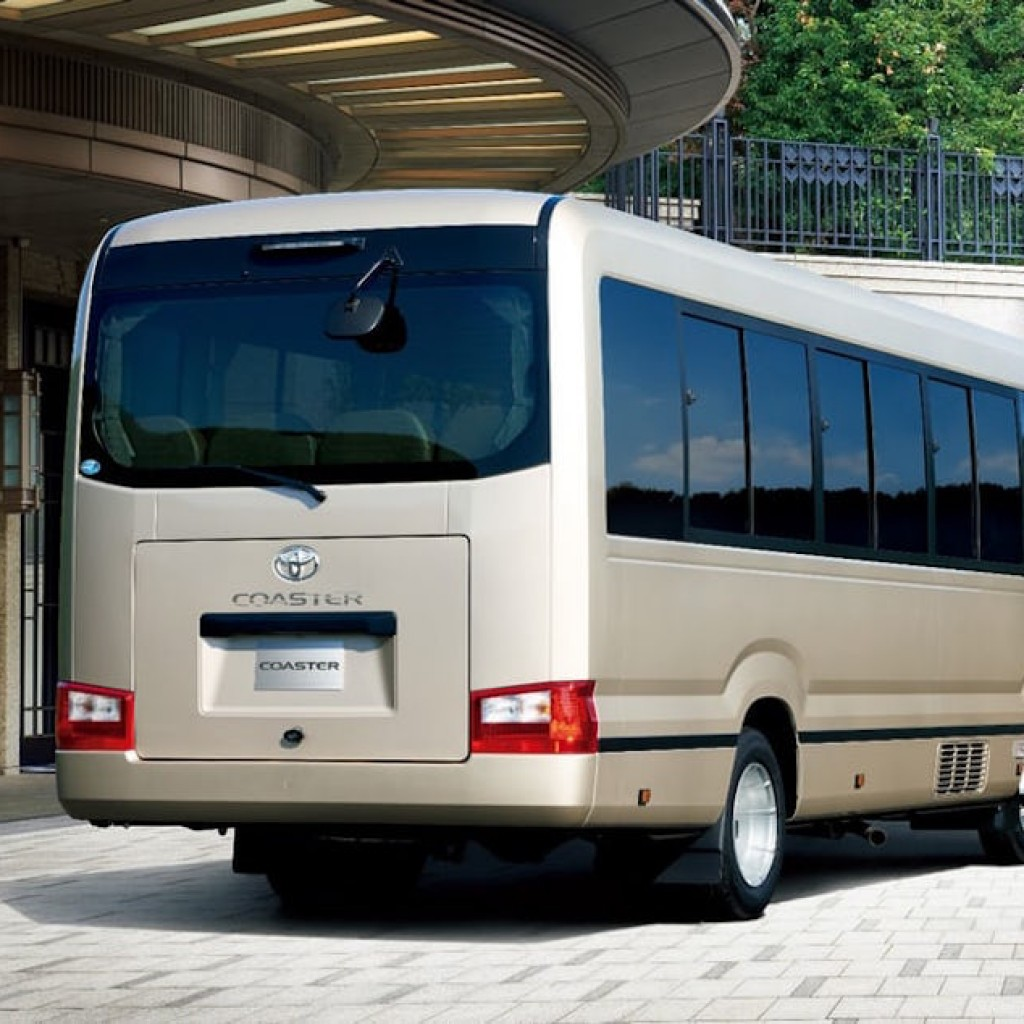 toyota-coaster-bus-3