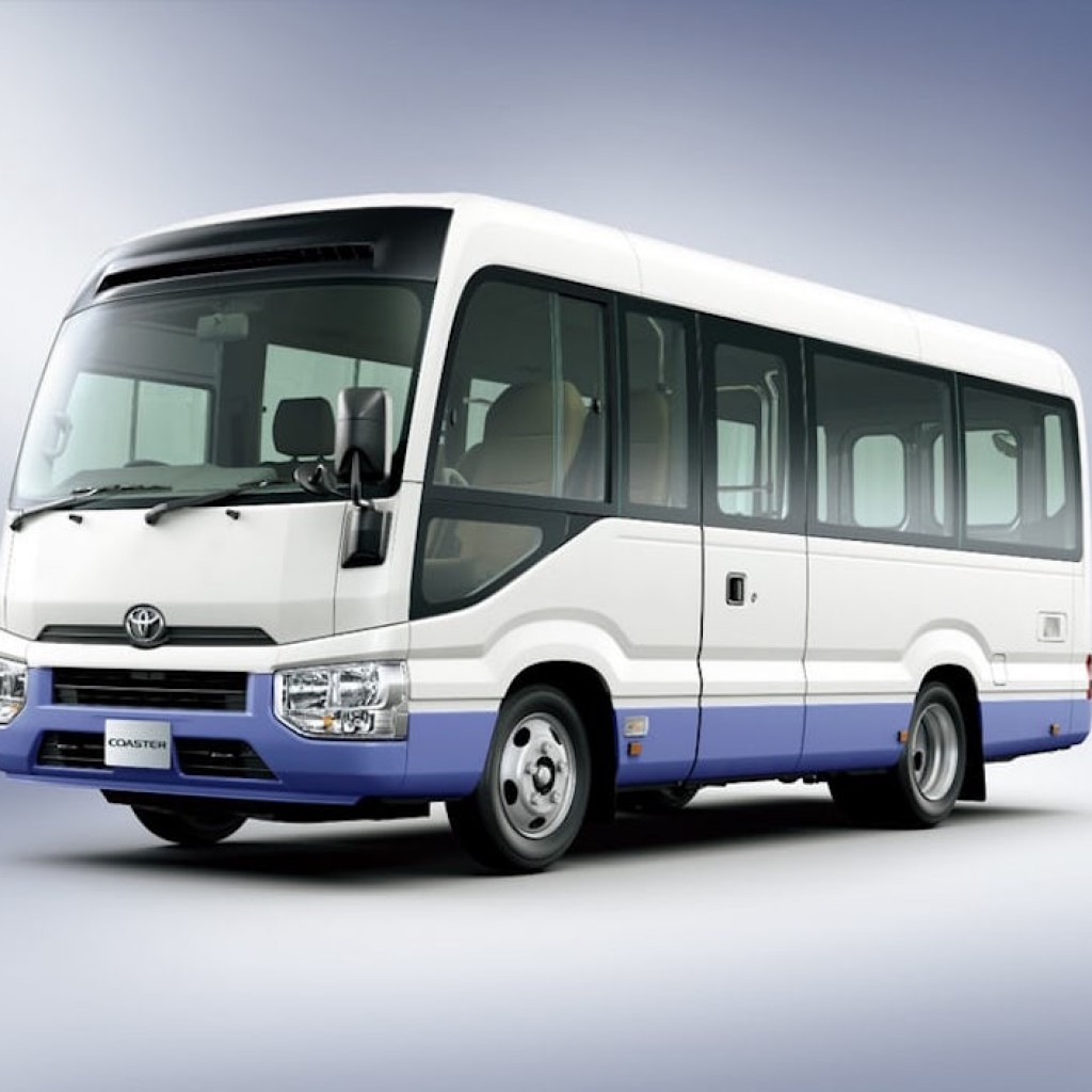 toyota-coaster-bus-8
