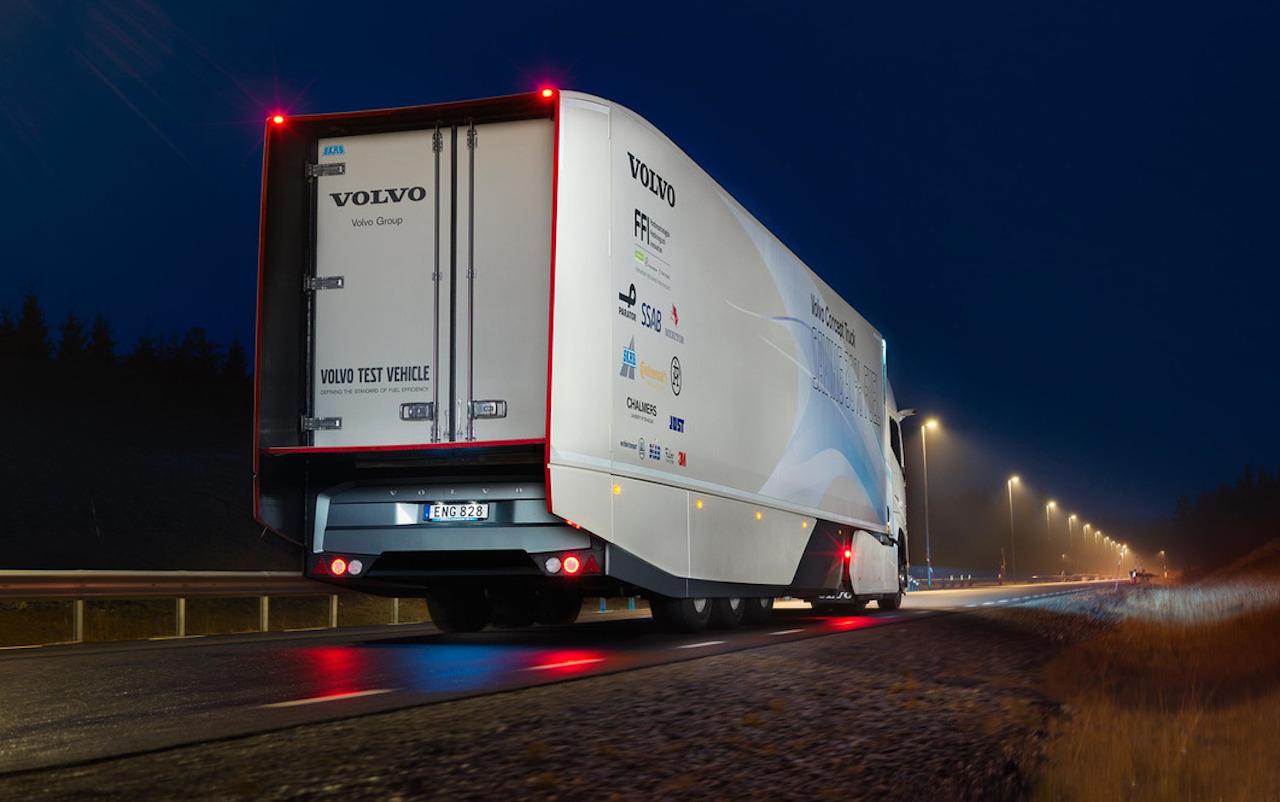 volvo-concept-truck-hybrid (3)