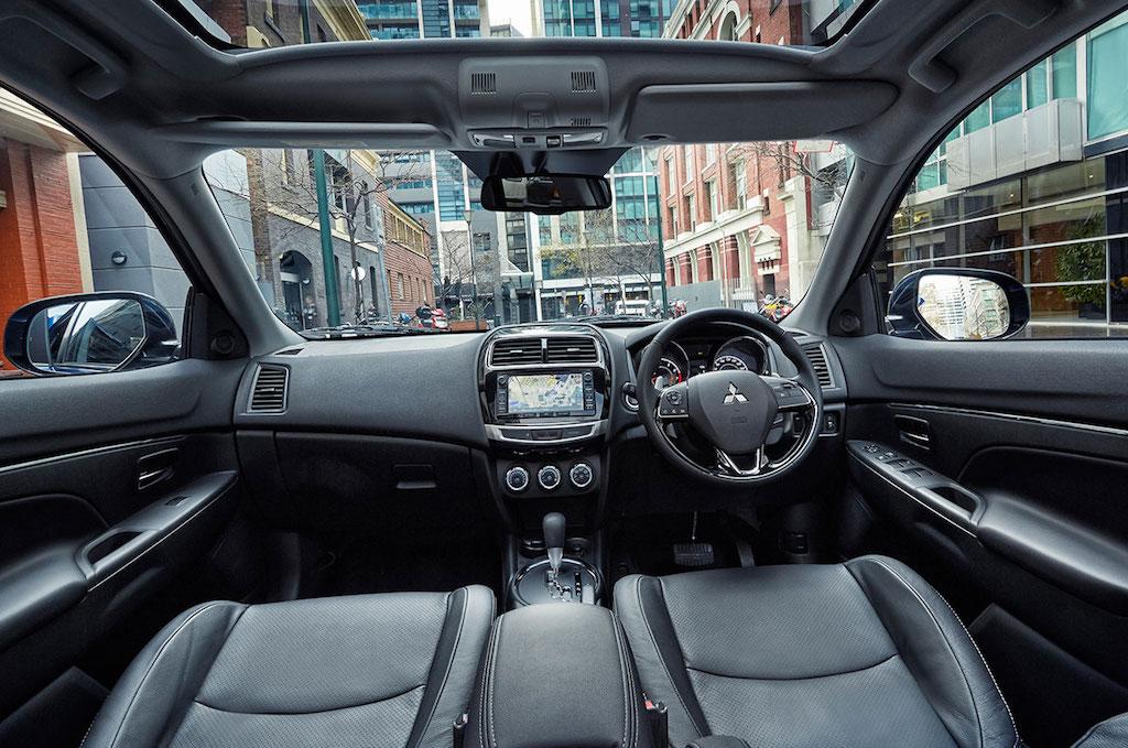 Mitsubishi-ASX-2015.5-interior