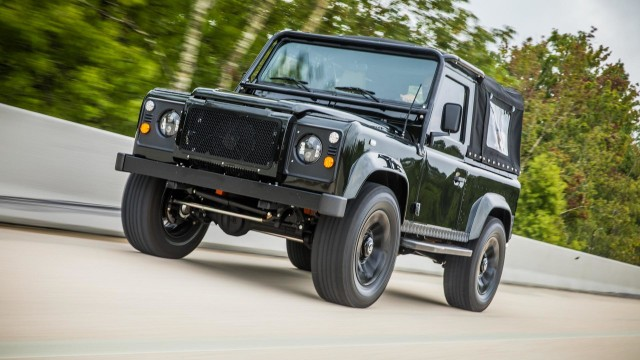 land-rover-defender-honey-badger-by-east-coast-defender (2)