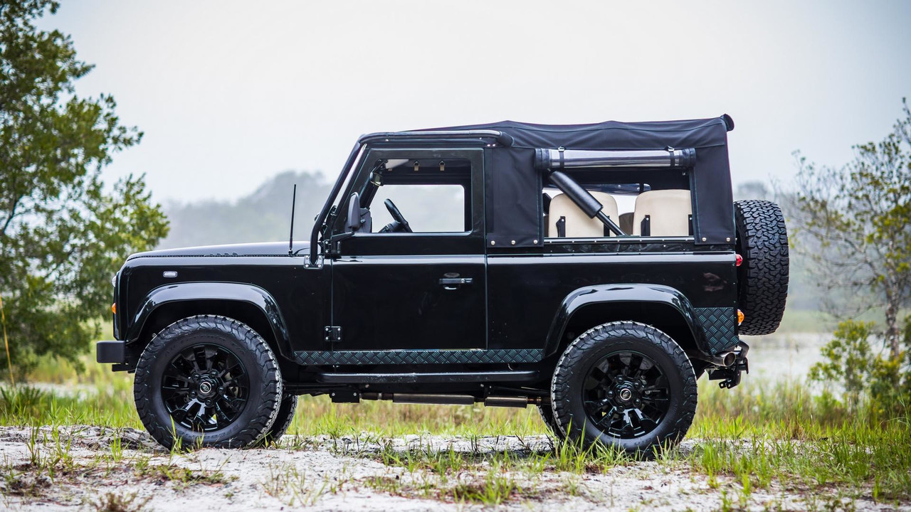 land-rover-defender-honey-badger-by-east-coast-defender (3)