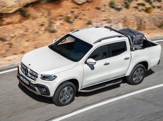 Mercedes-Benz-X-Class-2018-1280-12