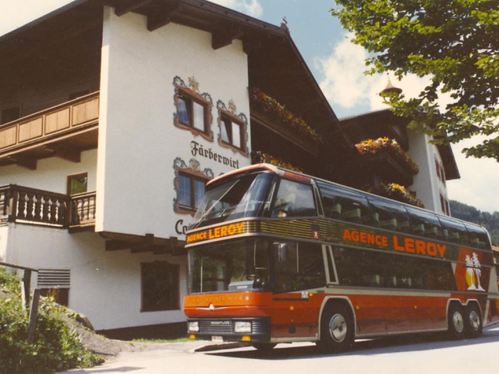 P_Bus_EOT_Skyliner_Leroy-02_width_740