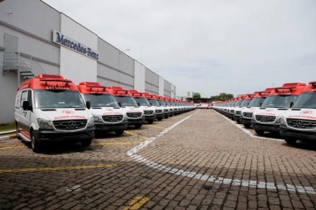 Gesundheit! Brasilianisches Gesundheitsministerium kauft 800 Mercedes-Benz Krankenwagen-Sprinter