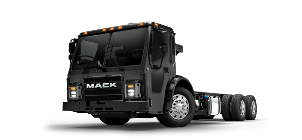 mack_lr_driver_quarter4