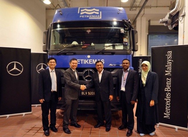 Mercedes benz for Mercedes benz service contract