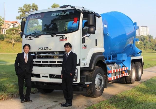 isuzu truck deliveryPhoto - CV No. 1