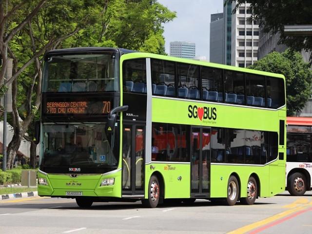 P_Bus_EOT_1.000_Busse_Singapur_width_740