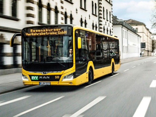 P_Bus_EOT_MAN_Lions_City_width_1268_height_470