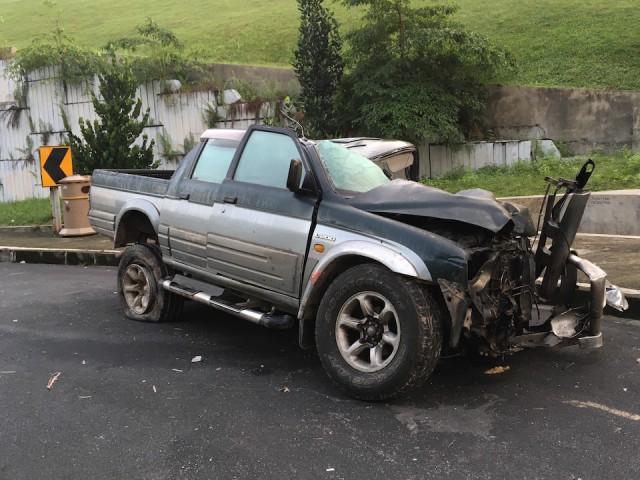 pickuptruck accidentIMG_1978