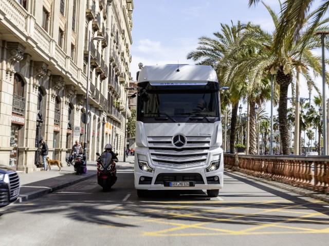 Mercedes Benz Actros__0522