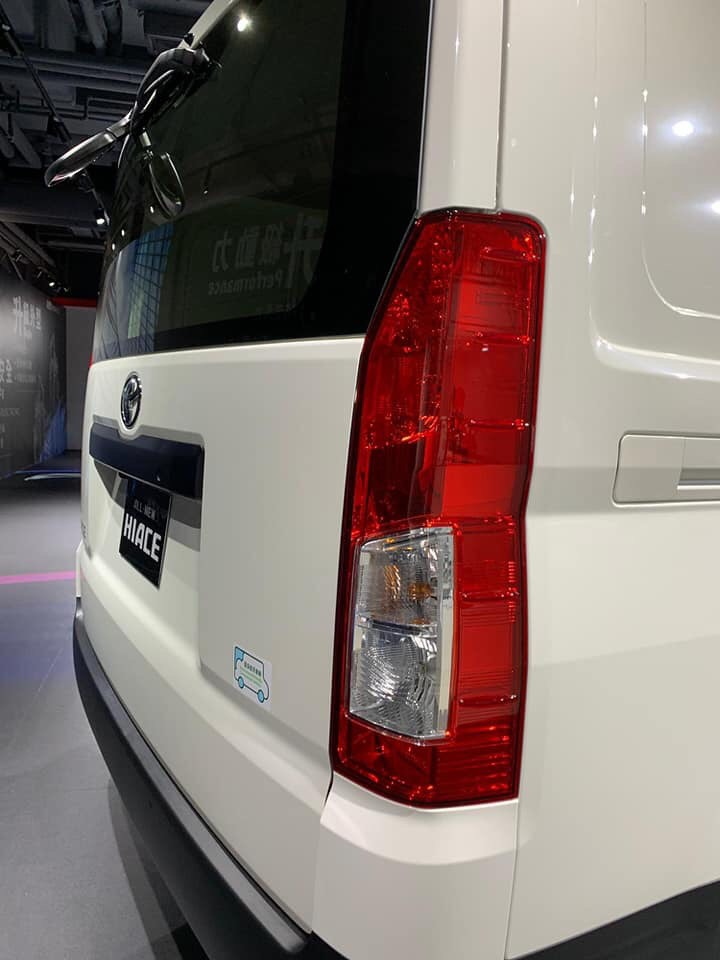 Toyota Hiace_ _4299