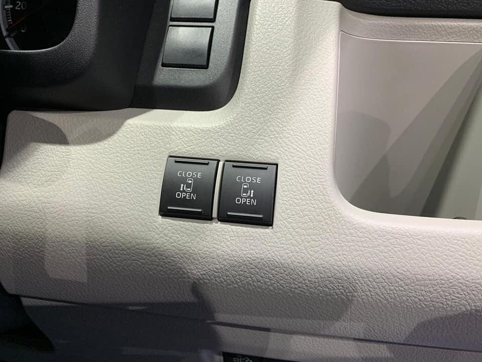 Toyota Hiace_ _4309
