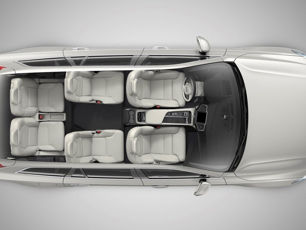 Volvo-XC90_2020_12