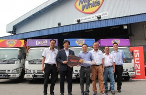 MIGHTY BAKERY buys its 100th Isuzu
