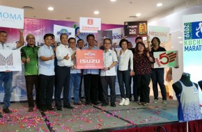 ISUZU Sponsors The KUCHING MARATHON 2019