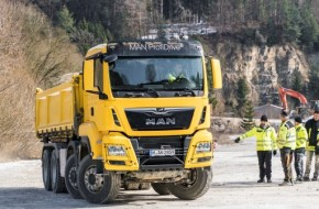 "MAN Completes First ""Offroad & Traction"" Pilot Training For Tipper Sector"