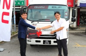 First Isuzu Elf Smoother Gets Down To Work With Tembikar Gemilang