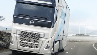 We get to meet and chat with Lars Mårtensson from Volvo Trucks Sweden