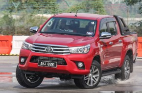 Hilux, Land Cruiser Prado & FJ Cruiser start selling again in Japan