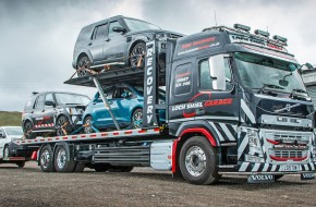 Loch Shiel Garage takes delivery of a high specification Volvo FM recovery vehicle