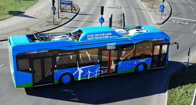 Volvo-Plug-in-hybrid_bus_2013