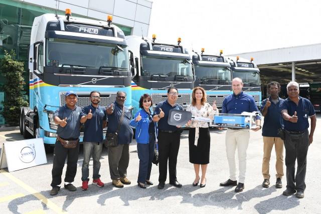 Volvo Trucks Aman Logistik__8009